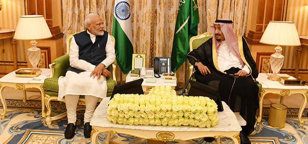 Hon'ble Prime Minister Shri Narendra Modi called on the Custodian of the Two Holy Mosques His Majesty King Salman bin Abdulaziz Al Saud at the Royal Court in Riyadh on October 29, 2019